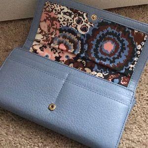 Excellent condition Vera Bradley leather wallet